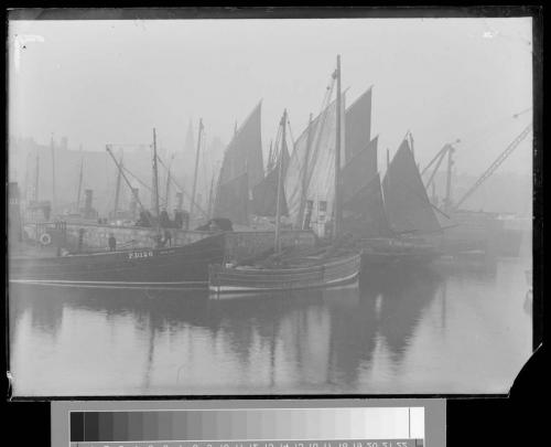 33 fishing boats