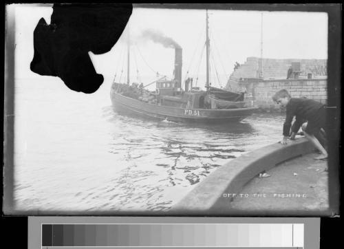 47 pd51 leaving harbour